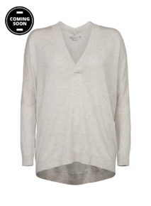 Yaya Deep V-neck Square Sweater